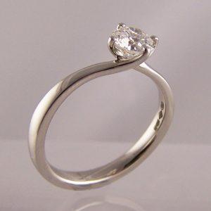'twist' diamond engagement rings