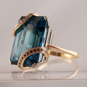 unusual bespoke coloured stone rings